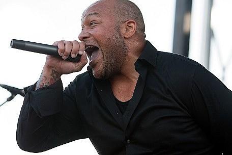 former killswitch engage vocalist howard jones resurfaces