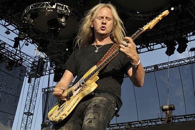 G Amp L Unveil Two New Jerry Cantrell Signature Guitars