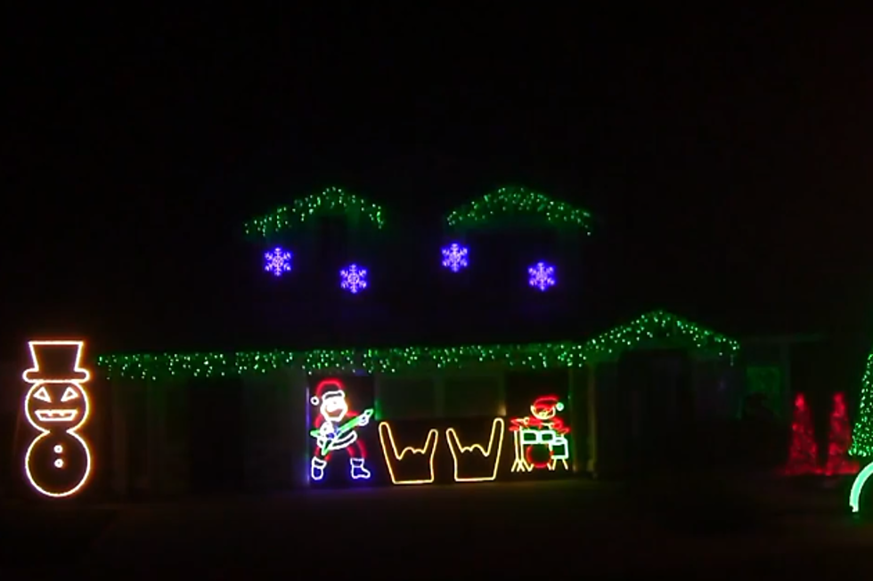 christmas light show set to metallica songs watch - Metallica Christmas Songs